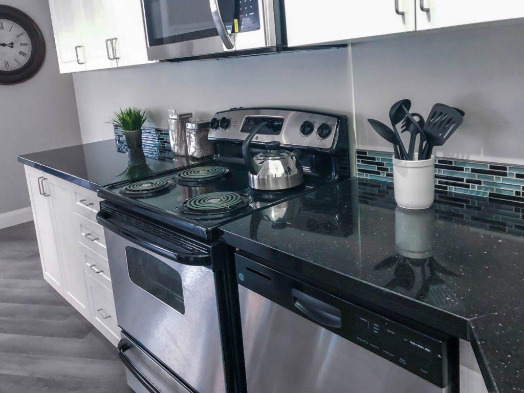 Model Suite Kitchen 2